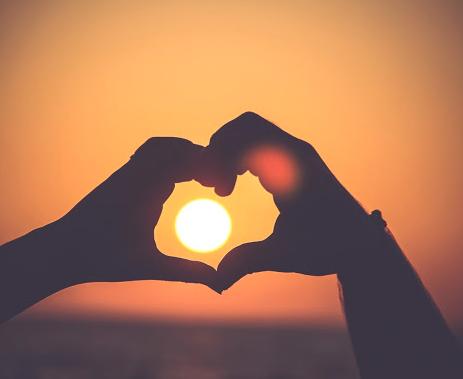 sun-heart-mudra